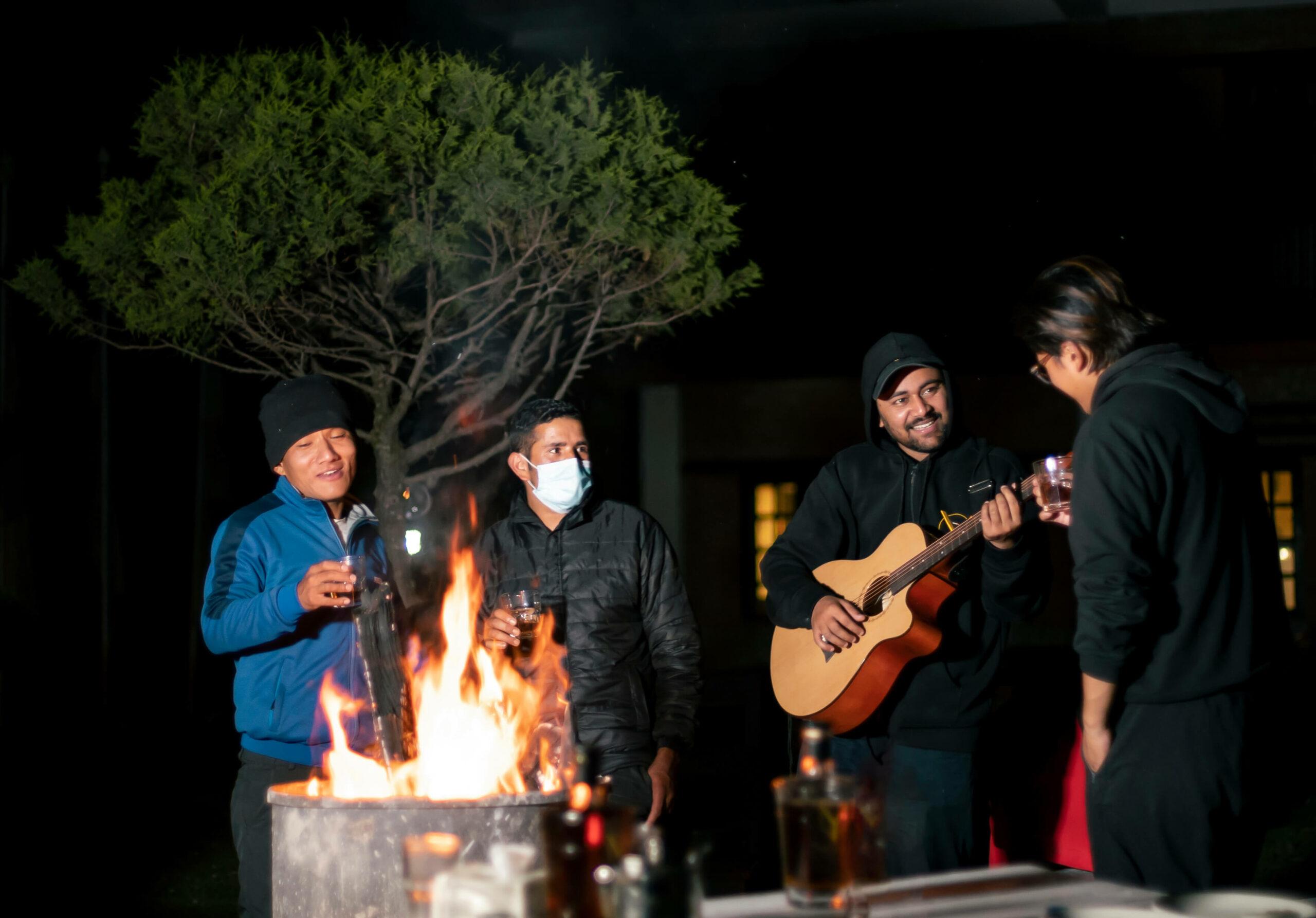 Raniban-Retreat-Manaslu-Guitar-and-Yarchagumba,