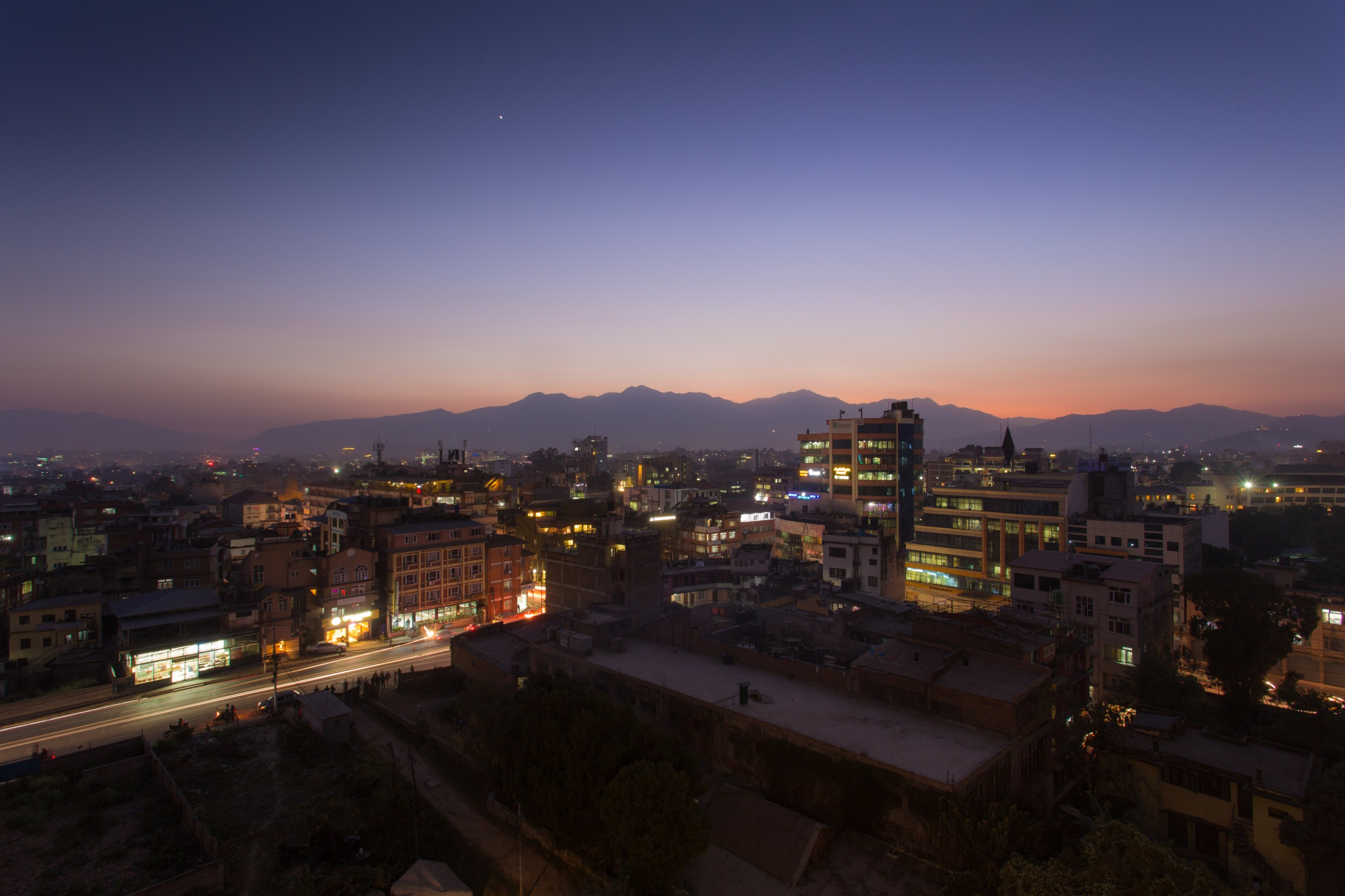 Sunset-from-Rooftop-Terrace-at-Traditional-Comfort